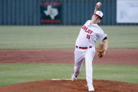 Junior Harrison Durow throws a pitch in Tuesday