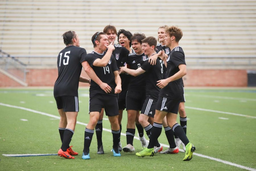 The Leopards defeat the 2019 6A state champion Flower Mound 1-0.