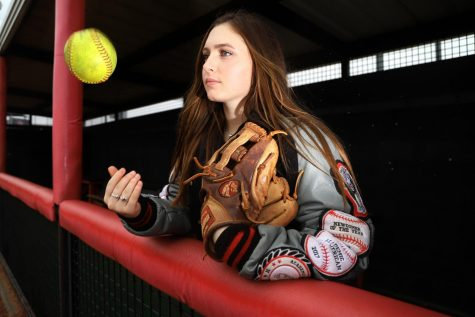 Softball continues playoff push against rival Highland Park
