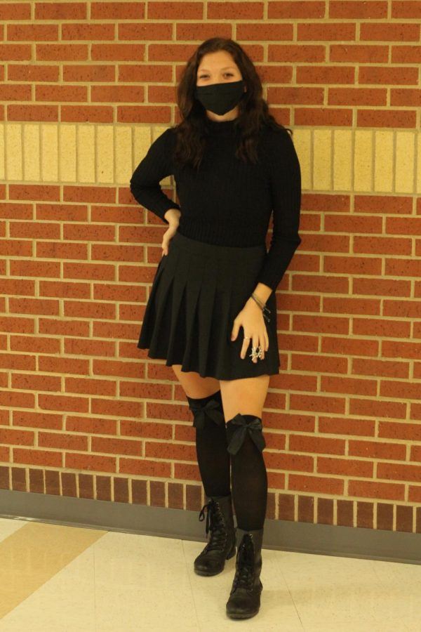 Sophomore Izzy Burke wears an all black outfit for Monochrome Monday. Burke is one of the nominees for Sophomore Princess.