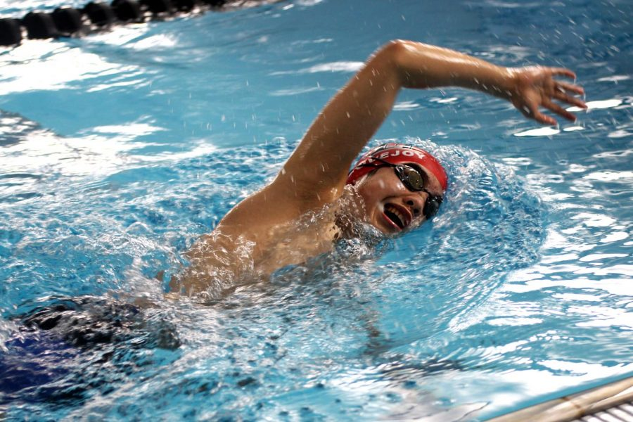 Freshmen+Grant+Hu+swims+a+freestyle+stroke+at+practice.+Hu+recently+had+double+wins+in+the+500+free+and+the+100+back.+
