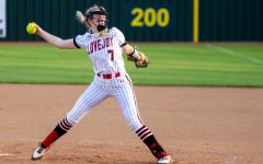 Navigation to Story: Photo Gallery: Softball defeats Wylie East