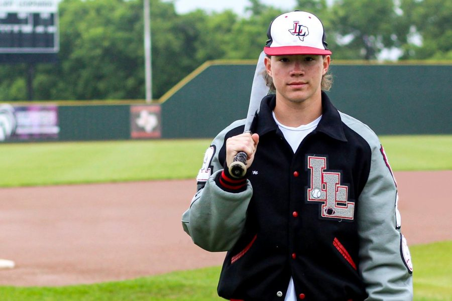 Junior+Adam+Eschler+plays+football+as+a+defensive+back+and+a+baseball+player+as+a+pitcher%2C+infielder+and+outfielder.+Eschler+has+thrown+74+strikeouts+this+season+and+six+wins.+These+stats+putting+him+on+the+DFW+leaderboard.+