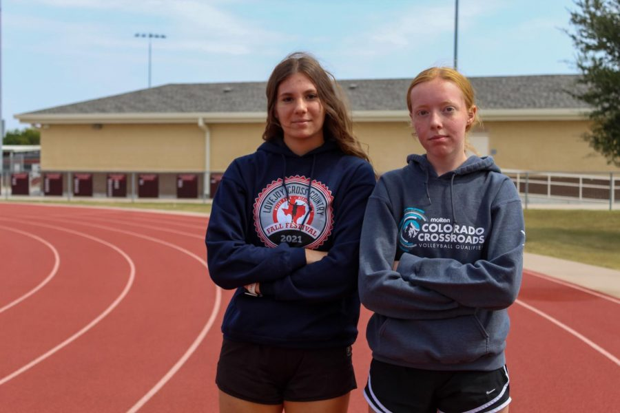 Seniors+Madison+Cinek+and+Jessica+Rockenbach+are+currently+in+training+for+a+marathon.+They+will+be+running+the+marathon+on+December+10.