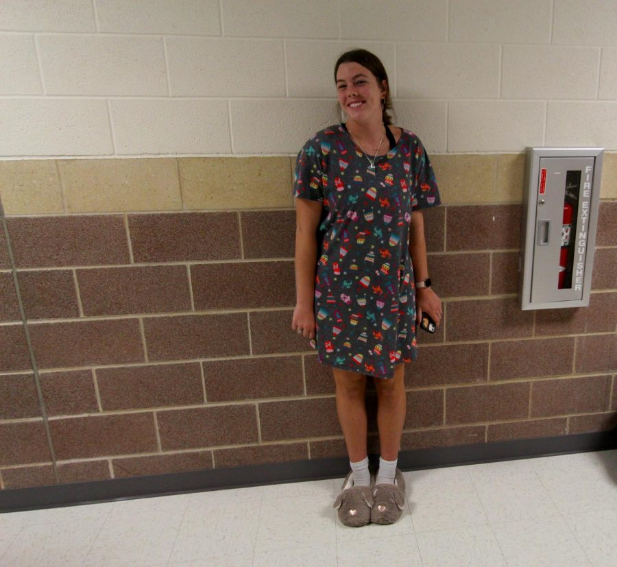 Sophomore Reagan Fitzsimmons wears a granny-themed outfit. Fitzsimmons plays on the varsity volleyball team.
